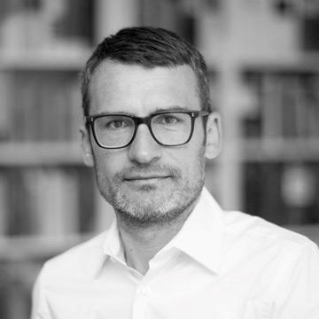 Dr. Marc-Oliver Srocke